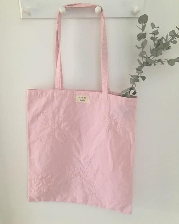 Tote bag upcyclé brodé main made in France atelier Reine de Bohème