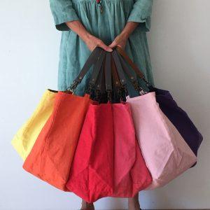 Cabas upcyclés en coton/lin ancien made in France jaune, corail, rouge, rose foncé, rose clair, violet coté uni